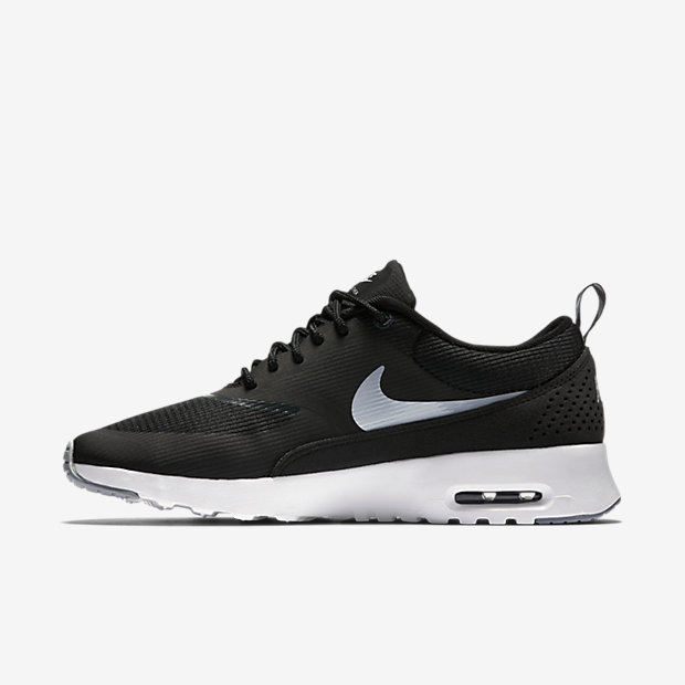 Nike Air Max Women Black And White