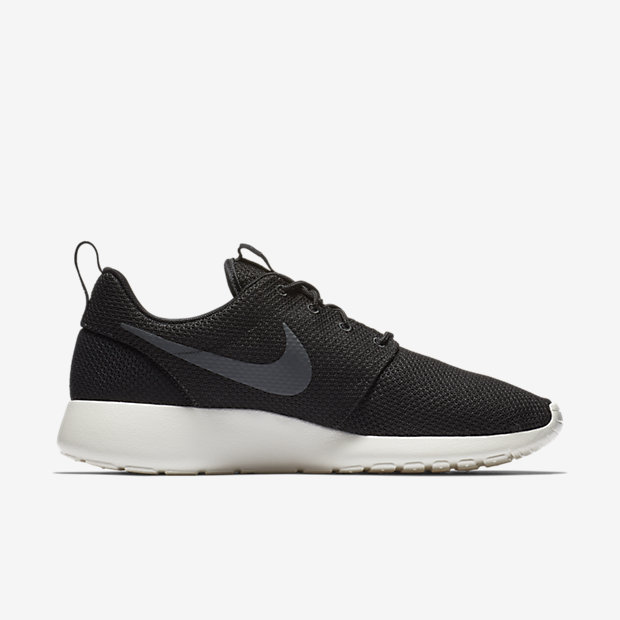 all black nike roshe men