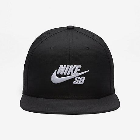 Berretto Nike Con Visiera