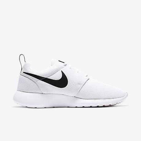 Nike Roshe Two Flyknit 365 Men's Shoe. Nike HR