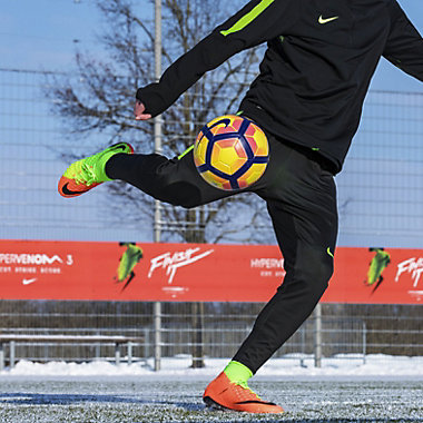 Nike Hypervenom Phantom III Dynamic Fit