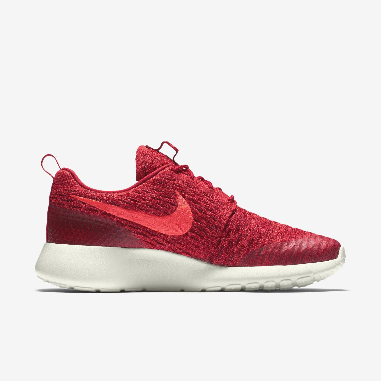 Nike Roshe Flyknit Women's Shoe