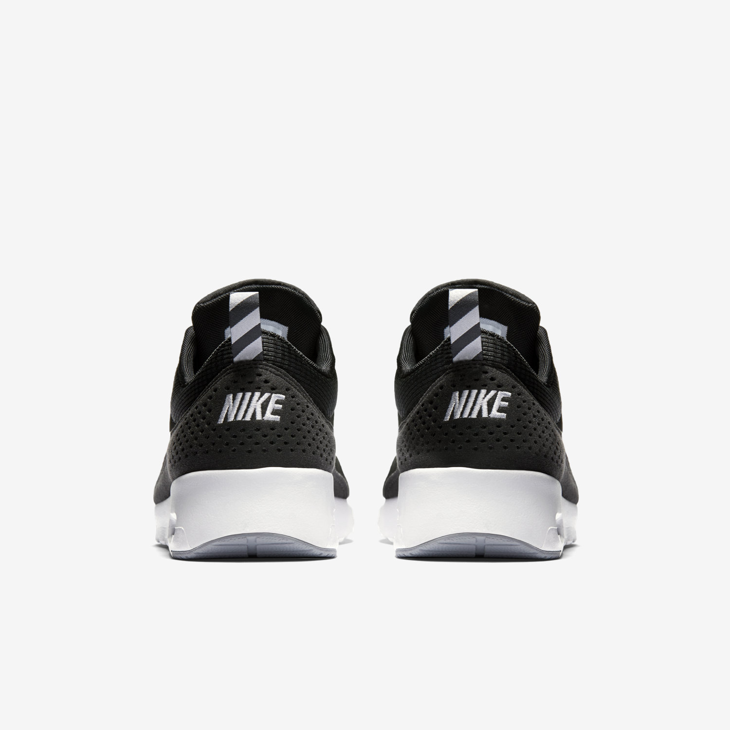 nike air max thea femme noir et blanche salomon chaussures de snowboard. Black Bedroom Furniture Sets. Home Design Ideas