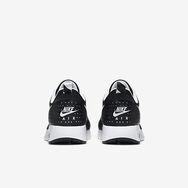 61bd1d5855 black and white nikes kids online > OFF59% Discounts