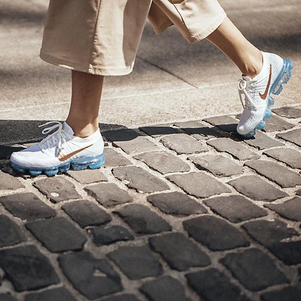 ... nike air vapormax flyknit explorer womens running shoe. nike bg