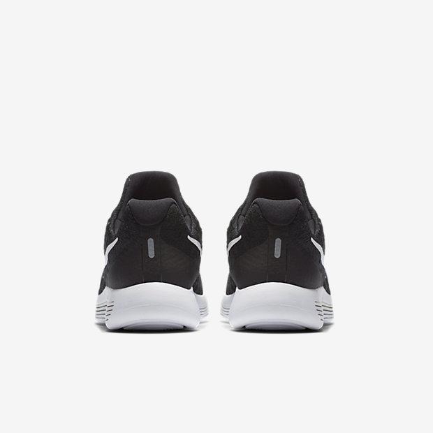 14b01b48c7949 Nike LunarEpic Low Flyknit 2 Big Kids' Running Shoe.