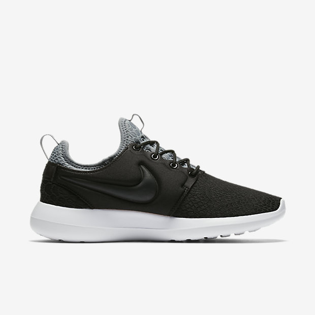 My Nike Roshe Two SE Trainers in Oatmeal Review Raindrops of