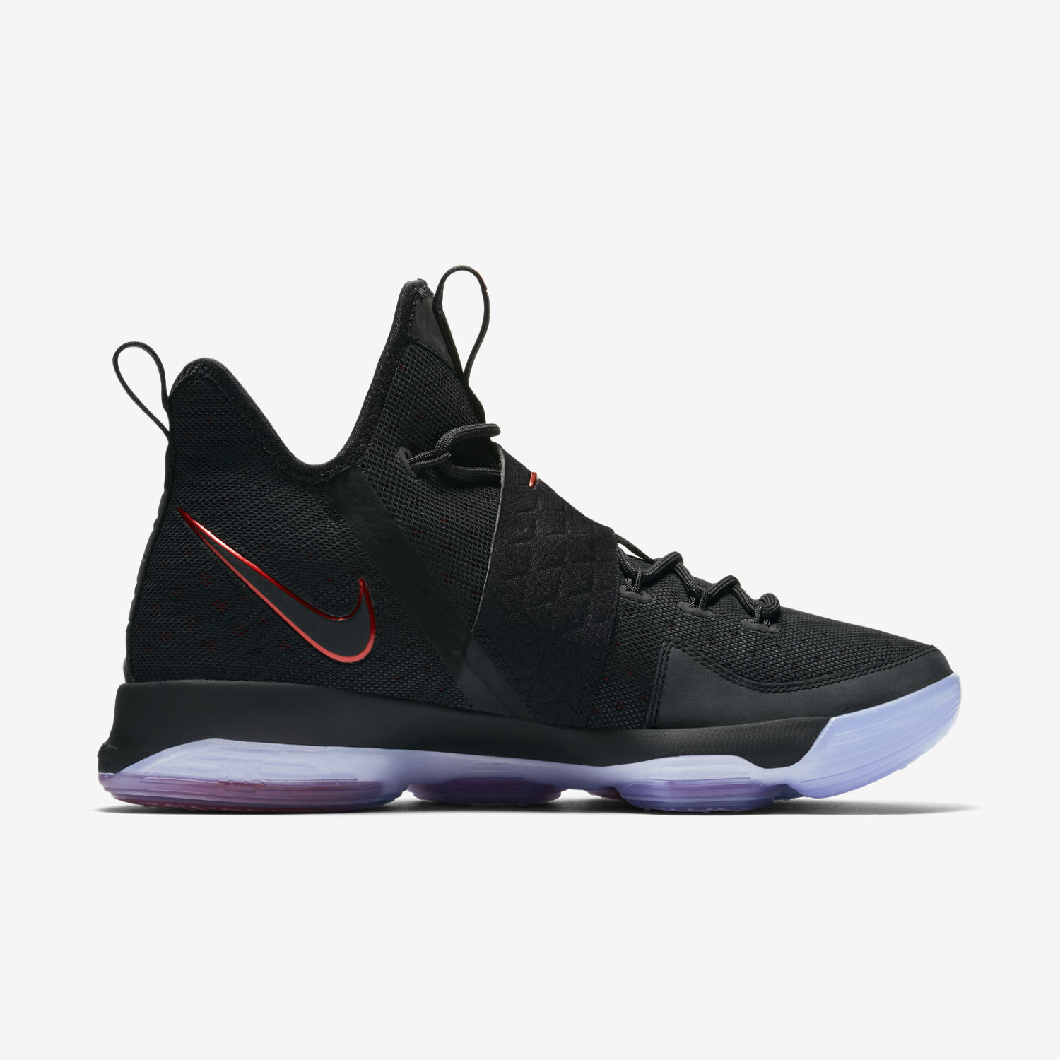 Nike Lebron  Mens Shoes